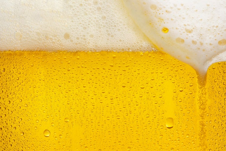 How to make beer foam longer?