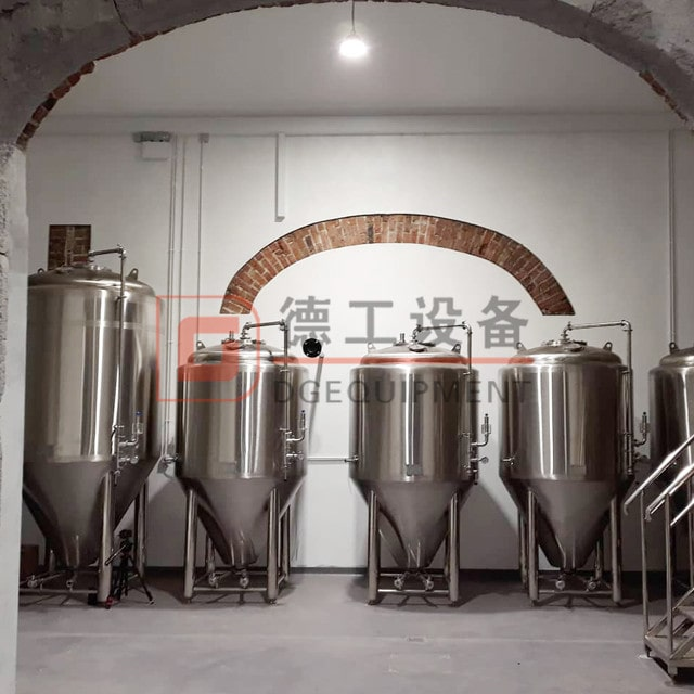 Brew pub set up costs 500 gallons beer brewing equipment mashing and fermenting